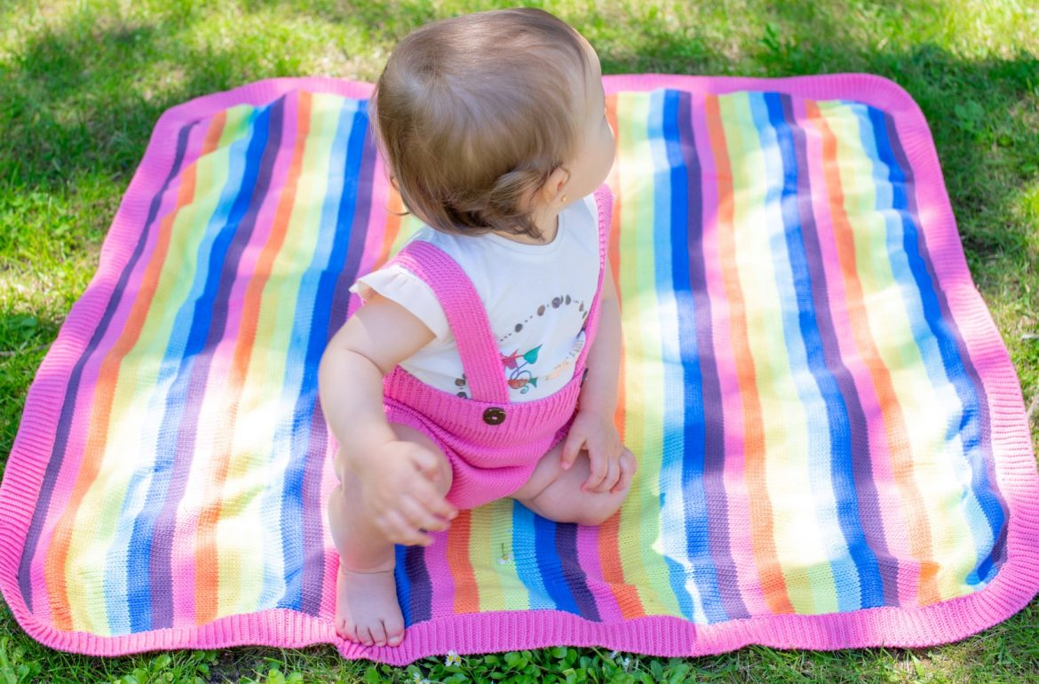 Rainbow Knitted Blanket - Mary Tale